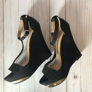 JUSTFAB black wedges with gold detail size 8